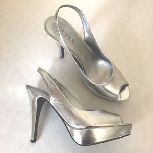 Guess Peep toe Heel Silver Leather SANDALS NWOB